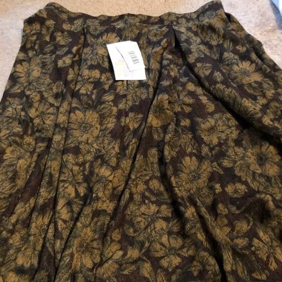 Lularoe Madison skirt size large NWT